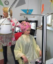 feminization hair salons picture 11