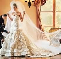 melania knauss wedding hair picture 1