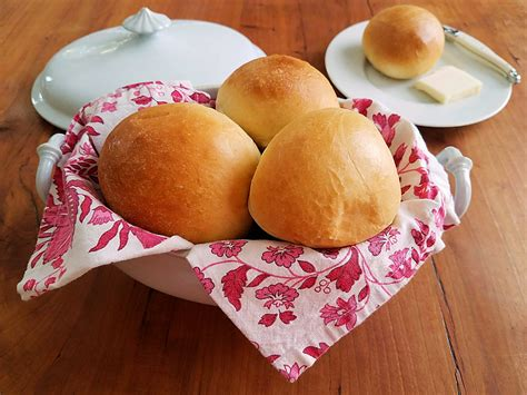 rolls made from dry yeast picture 1