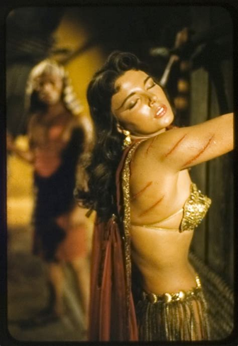 whipping female cinema picture 2