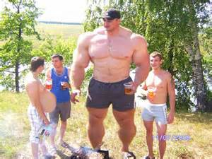 girls boyfriend grows bigger with muscle rip and picture 2
