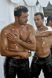 men oil wrestling picture 15
