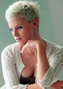 hair cuts women casual picture 6