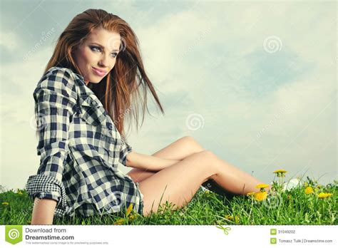 women's with dandelions picture 3