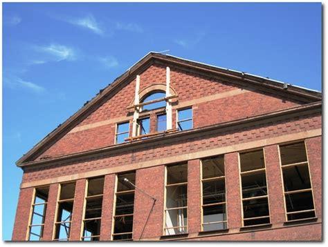 Hartford courant colon march 2006 picture 1