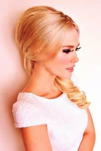 60's half up down hair style picture 2