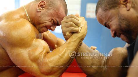 bodybuilder wrestling picture 3