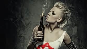 amazon women smoke picture 6