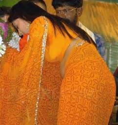 indian marwadi women sexy saree side view picture 2