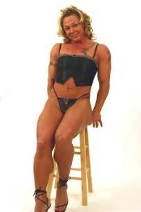 female muscular legs especially calves picture 15