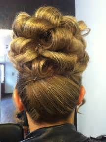 barrel curls hair styles picture 2