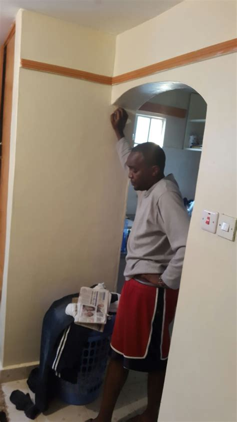 wife catches husband with her curlers in his picture 13
