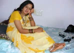 store hot bhabhi picture 14