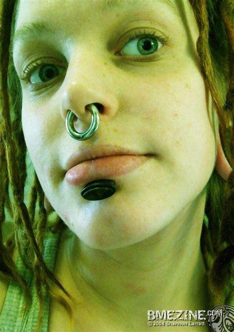 large septum piercing picture 3