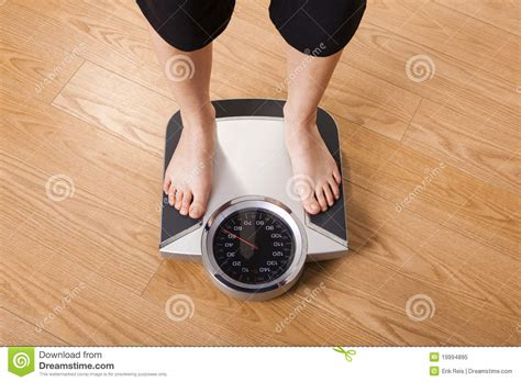 calories weight loss woman picture 1