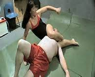 musle girls calves scissor men picture 10
