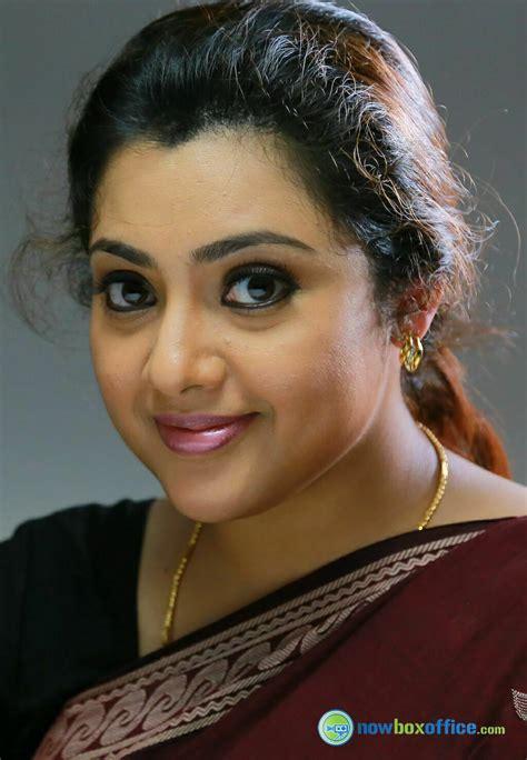 malayalam aunty actress picture 5
