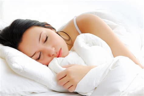 psychology mom sleeping with son picture 2
