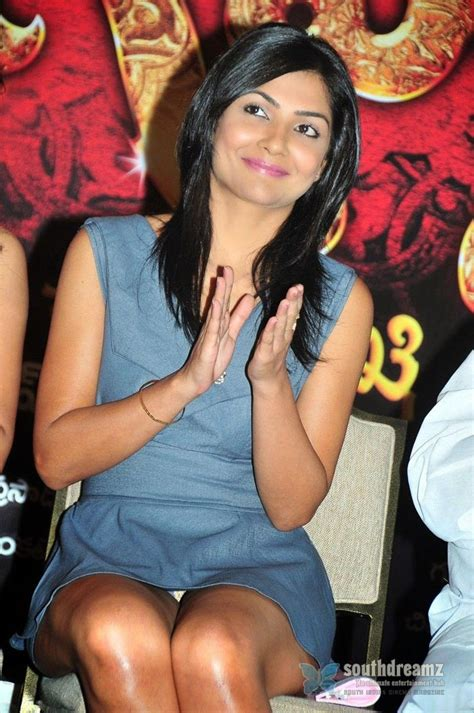 all bollywood actresses panty line in wet dresses picture 14