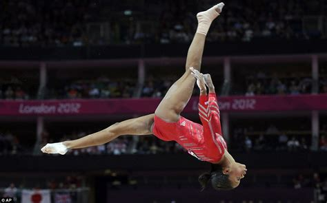 french gymnast bladder while doing gymnastics picture 6