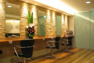 beauty and hair salon picture 3