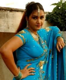 south indian aunties pundai kattum pics picture 17