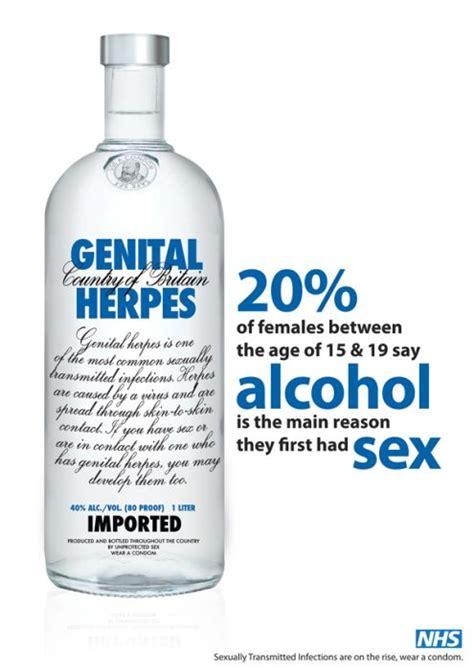 kim kardashian genital herpes picture 13