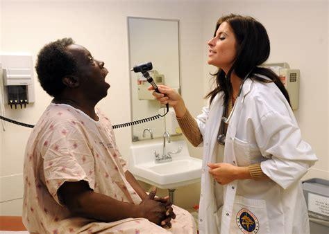 female urologist examination picture 7