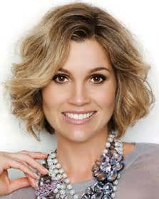 hairstyles for women over 40s picture 2
