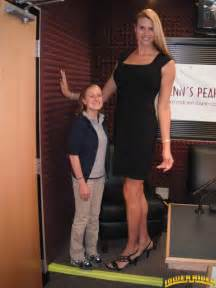 giantess big tall woman vs small man picture 6