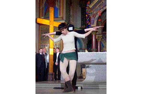 women crucified picture 11