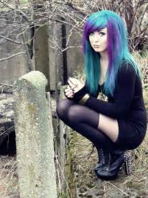 punk and emo hair styles for girls picture 9