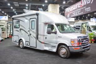freightliner business cl motorhome picture 3