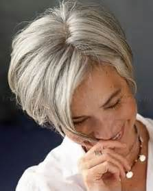 best hairstyles for grey hair picture 13