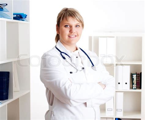 female doctor performing testicular exam picture 5