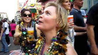women women flashing street fairs picture 17