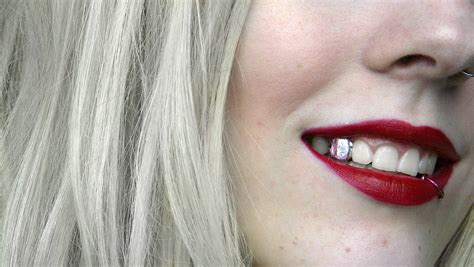 all cinds of teeth grizs gold and silver picture 18