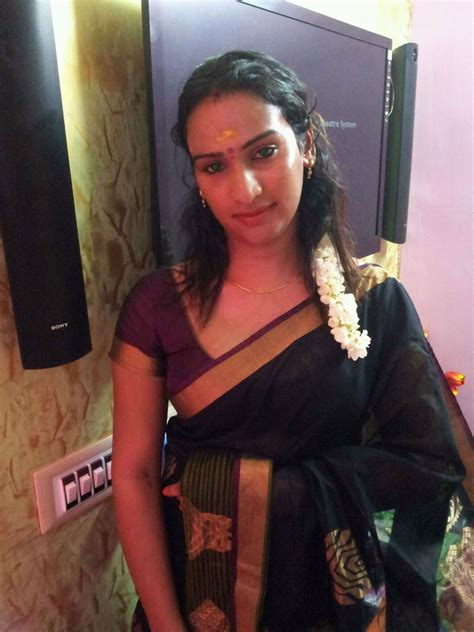 desi story of men crossdressing in saree picture 3