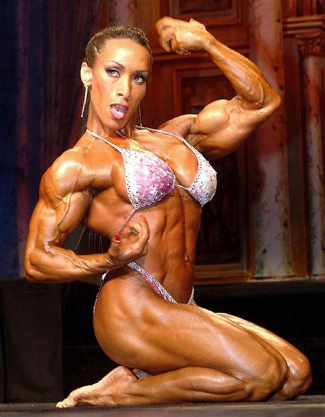 female muscle elegance picture 1