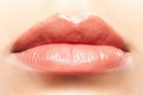 lines around lips picture 9