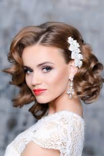 bridesmaid hair style picture 13