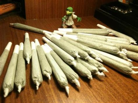 how many joints weed picture 9