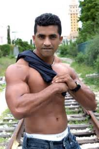 hispanic and latino muscle picture 5
