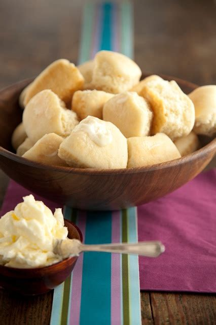 easy yeast rolls picture 7