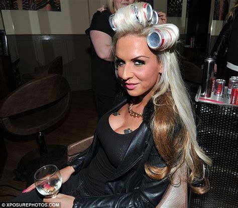 transgender fiction hair salon picture 3