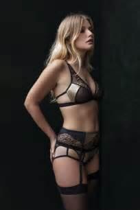 adver figure control corset picture 6