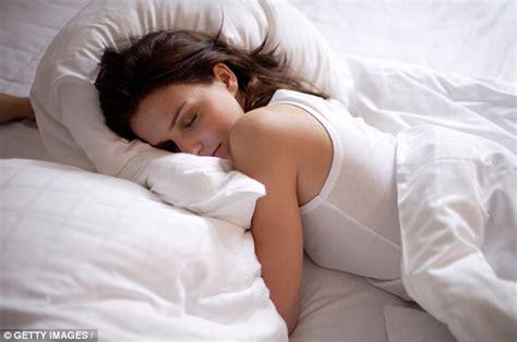 women found sleeping picture 6