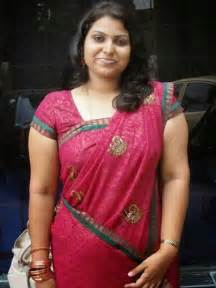 south indian sexy housewife hot back sid view picture 7
