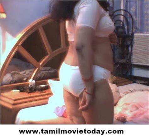 sister ko breast dikhana story urdu picture 5