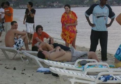 erection beach picture 5
